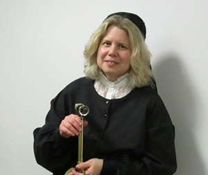 Noreen Grice as Maria Mitchell